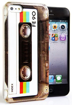 Retro cassette case for iPhone 5