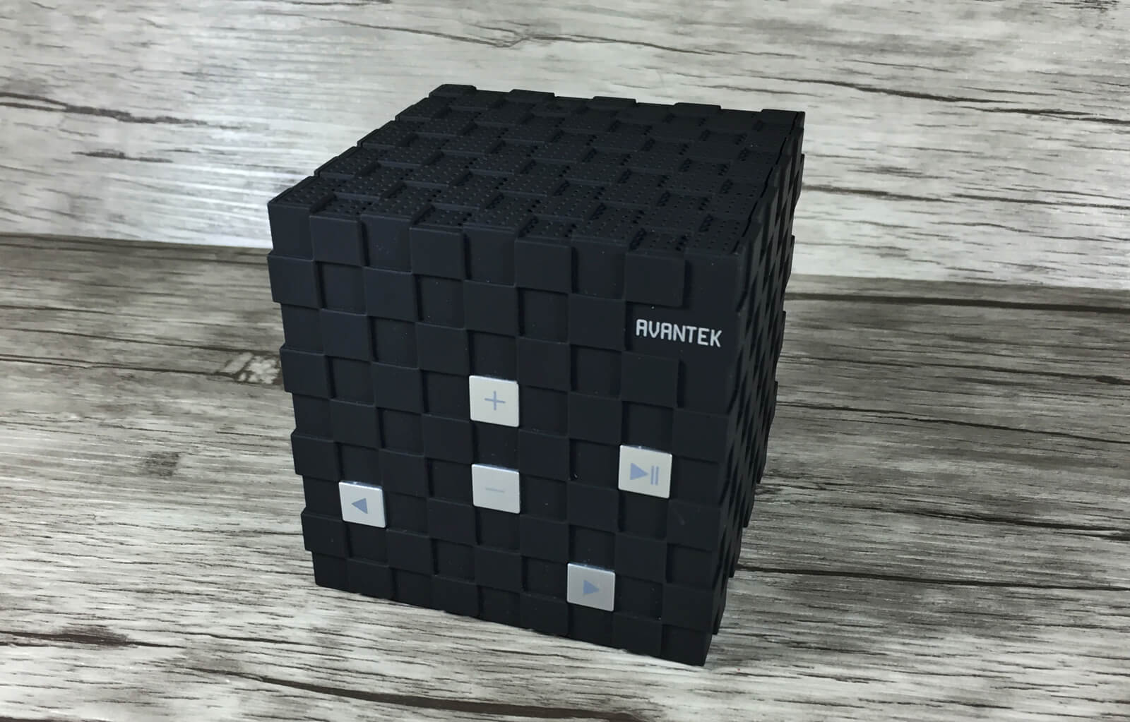 Avantek Magic Cube Lautsprecher