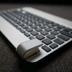Das Scharnier der BrydgeAir iPad-Tastatur