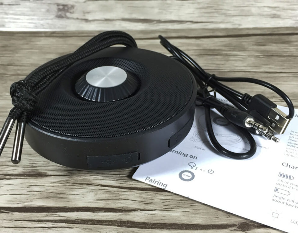 Der Lieferumfang des ACME BAT Bluetooth Lautsprechers