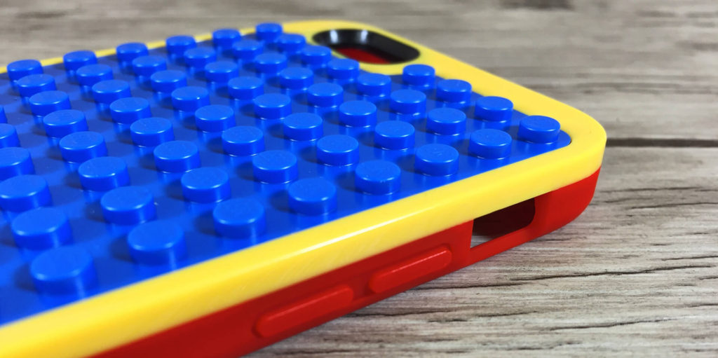 Lego iPhone Case mit Bedienelementen an der Seite