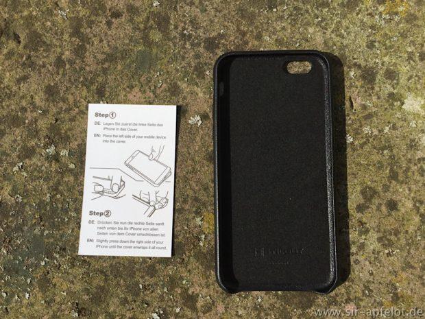 Im Test: Das iPhone Case aus Leder – Stilgut liefert gleich eine Anleitung zum An- und Ablegen mit bei.