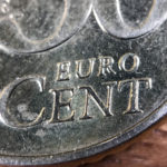 Der Schriftzug Euro-Cent im Detail.