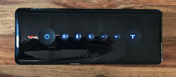 Die Buttons auf der Oberseite des RIVA Turbo X sind berührungsempfindlich.