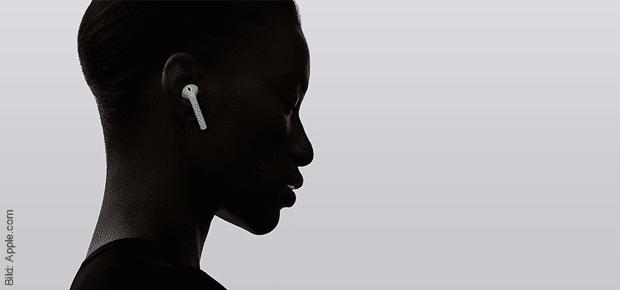 Im Apple Online Store könnt ihr nun die AirPods kaufen. Während ihre auf deren Lieferung wartet könnt ihr ja die folgenden Ausführungen zum Test der kabellosen Kopfhörer studieren