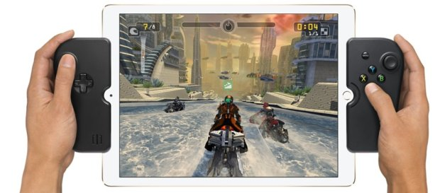 Gamevice Controller für das Apple iPad mit 12,9 Zoll Größe. Diesen und weitere Gaming Controller für iOS Geräte findet ihr in diesem Artikel (Bild: Apple.com)