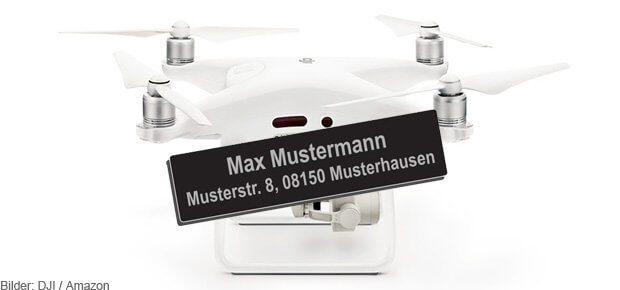 Die Kennzeichnungspflicht für die Drohne kommt - anders als in der Beispieldarstellung ist das Ausrüsten des Fliegers mit den persönlichen Daten auch edler lösbar ;)