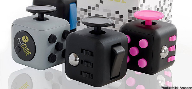Ein Fidget Cube in verschiedener Ausführung bei Amazon. Eine Auswahl gut bewerteter Fidget Toys findet ihr hier.