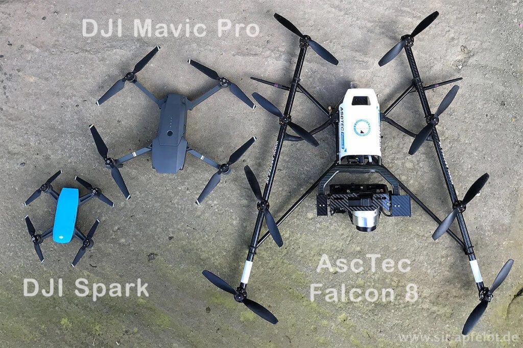 Meine aktuelle Drohnen-Flotte: DJI Spark, DJI Mavic Pro und AscTec Falcon 8 – die Phantom 4 ist gerade verliehen (Fotos: Sir Apfelot).