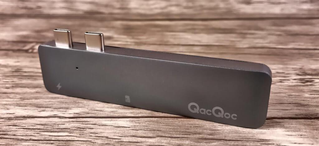 Der QacQoc/Egolggo Mini-Hub arbeitet verläßlich und passt in jede Laptoptasche. Ein Accessoire, das bei mir jetzt immer mit auf Reisen geht.