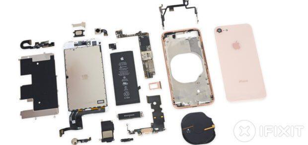 Die (größeren) Einzelteile, die beim Apple iPhone 8 Teardown von iFixit zutage gefördert wurden. Details zu Chips, Platinen, Kabeln, Schrauben und mehr gibt's im Artikel.