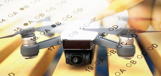 Drohnenpiloten und Modellflieger benötigen seit Oktober 2017 einen Kenntnisnachweis. Details zum Drohnenführerschein, zur Prüfung, etc. findet ihr hier.
