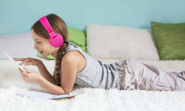 Für Jungs und Mädels zwischen 4 und 16 Jahren dürften die Kopfhörer von Termichy perfekt sein. Sie sind bequem zu tragen und leicht zu bedienen (Foto: Termichy).