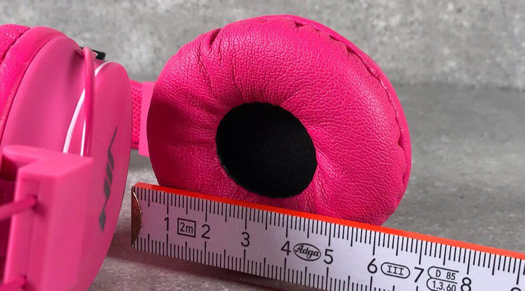 Perfekt für Ohren bis kurz vor Erwachsenengröße. Die Ohrmuscheln sind weich und ca. 6 cm im Durchmesser groß.