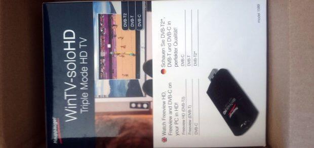 Der Hauppauge WinTV solo HD USB-Stick mit DVB-T2 Antenne und Möglichkeit DVB-C (Kabelfernsehen) zu nutzen. (Klicken zum Vergrößern)