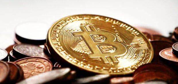 Welches die beste Hardware Wallet für Bitcoin und andere Kryptowährungen in 2018 ist, das entscheidet ihr. Hier drei Modelle (Trezor, Ledger Nano S und KeepKey) als gut bewertete Wallets.