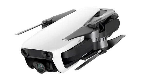 Falt-Drohne von DJI – platzsparend zu transportieren.
