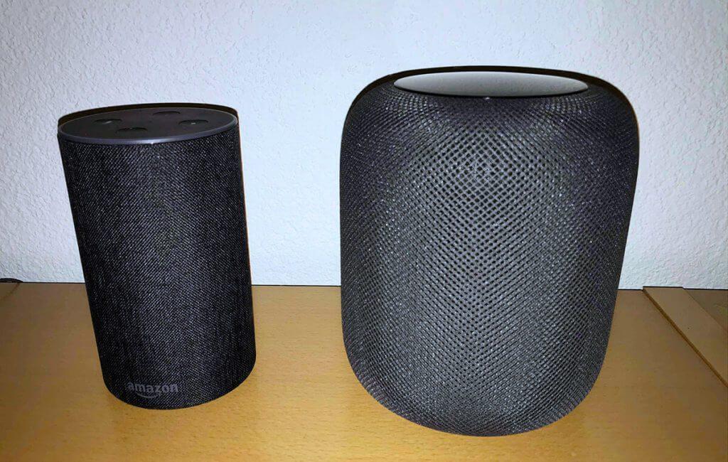 Im Vergleich Alexa gegen HomePod punktet der Siri-Lautsprecher mit besserem Klang während Alexa eindeutig mehr Möglichkeiten bietet Apps von Drittanbietern zu nutzen.