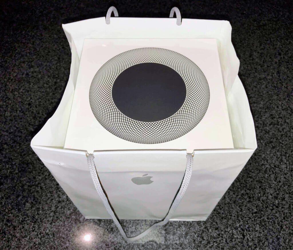 So bekommt man den smarten Apple-Lautsprecher im Store in die Hand gedrückt.