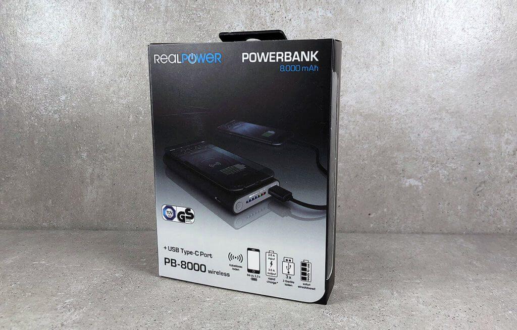 Optisch ansprechend: Die Packung der RealPower Powerbank sieht schonmal gut aus (Fotos: Sir Apfelot).