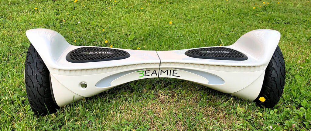 Das Beamie-Hoverboard war das Hightlight meiner kurzen Hoverboard-Karriere: Stark, wiesentauglich und sogar mit deutschsprachiger App konnte der Kleine überzeugen.