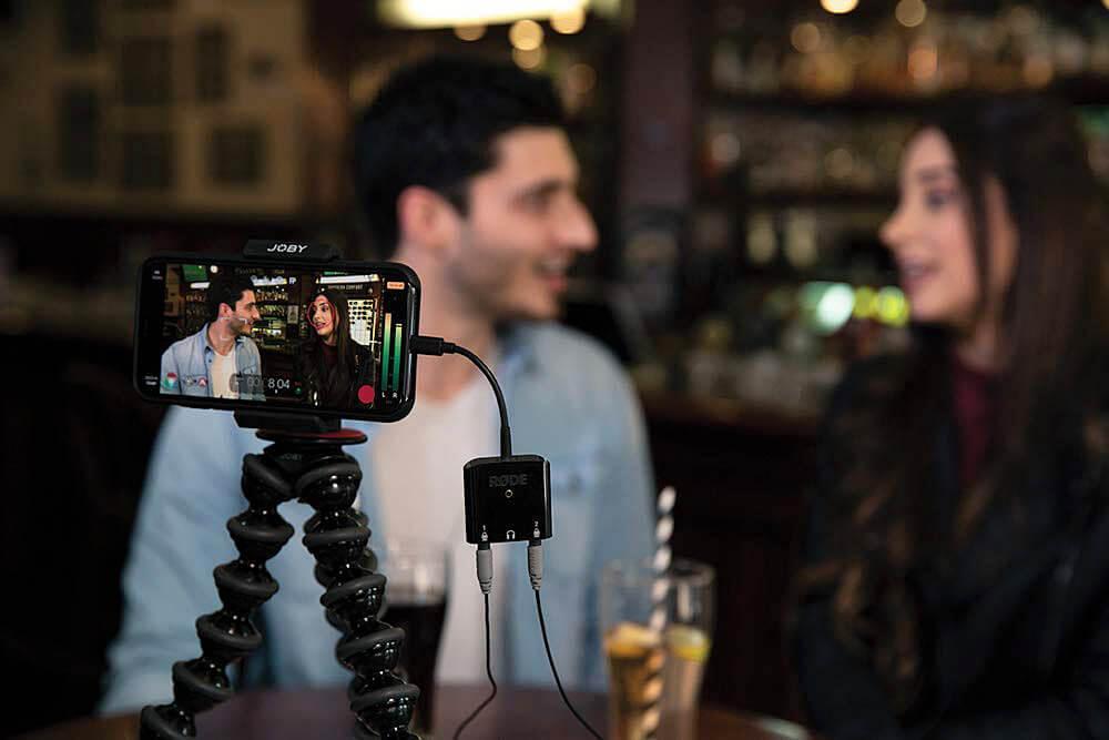 Ein 2-Personen-Interview oder Podcast mit dem iPhone aufnehmen? Das geht mit der richtigen Technik und dem Befolgen einiger Ratschläge ;)