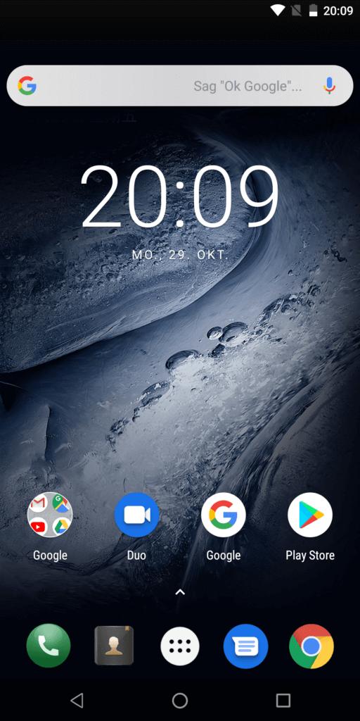 Der Startbildschirm von Android 8 lässt sich anpassen, zum Beispiel kann die Google-Leiste entfernt werden.