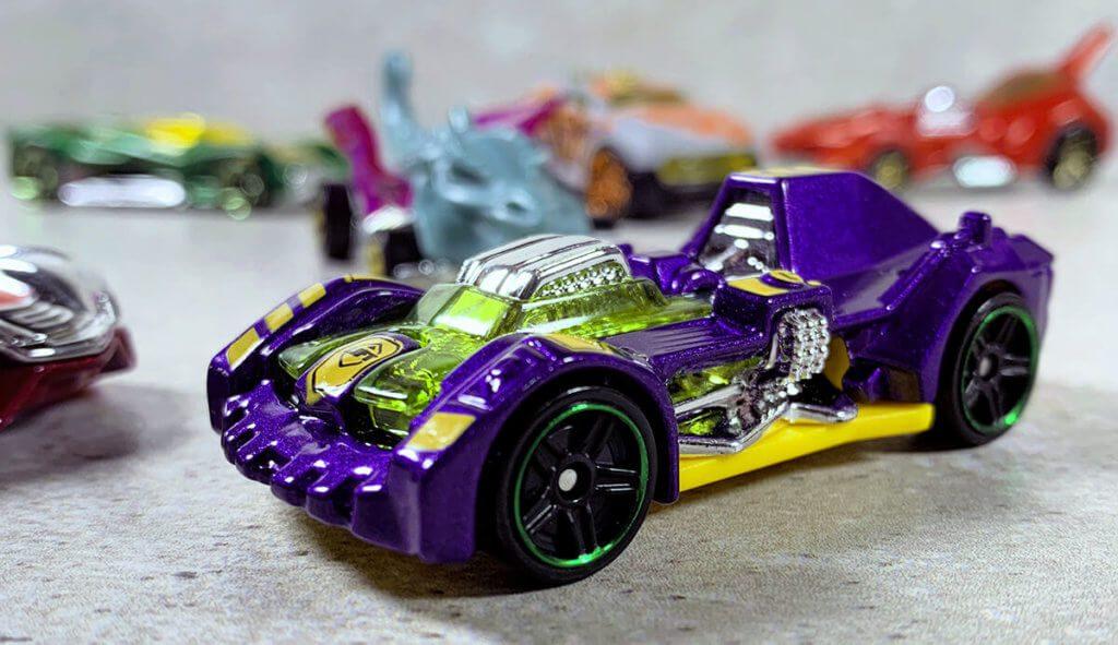 Mit im MindRacers Set sind sechs verschiedene Hot Wheels Autos (Foto: Sir Apfelot).