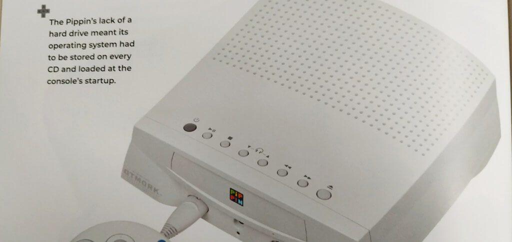 Das Betriebssystem (Mac OS) musste auf jeder CD-ROM enthalten sein, damit das System booten konnte. Kein Wunder, dass der Pippin gefloppt ist.