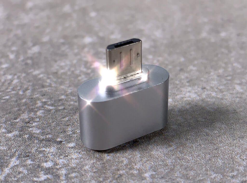 Mit etwas Funkeln sieht sogar ein Micro-USB-Adapter nach was aus…