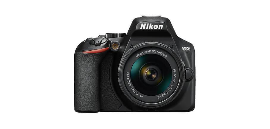 Die Nikon D3500 ist eine schöne Kamera, um den Einstieg in die Welt der DSLR-Kameras zu starten (Foto: Nikon).