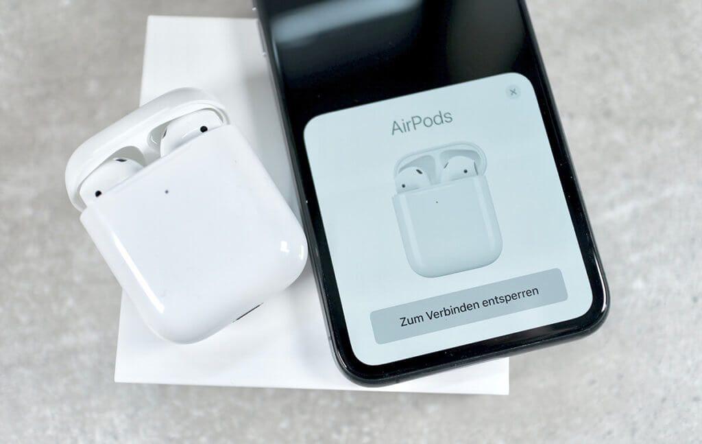Gewohnt einfach: Der Vorgang, um die AirPods mit dem iPhone zu verbinden (Fotos: Sir Apfelot).