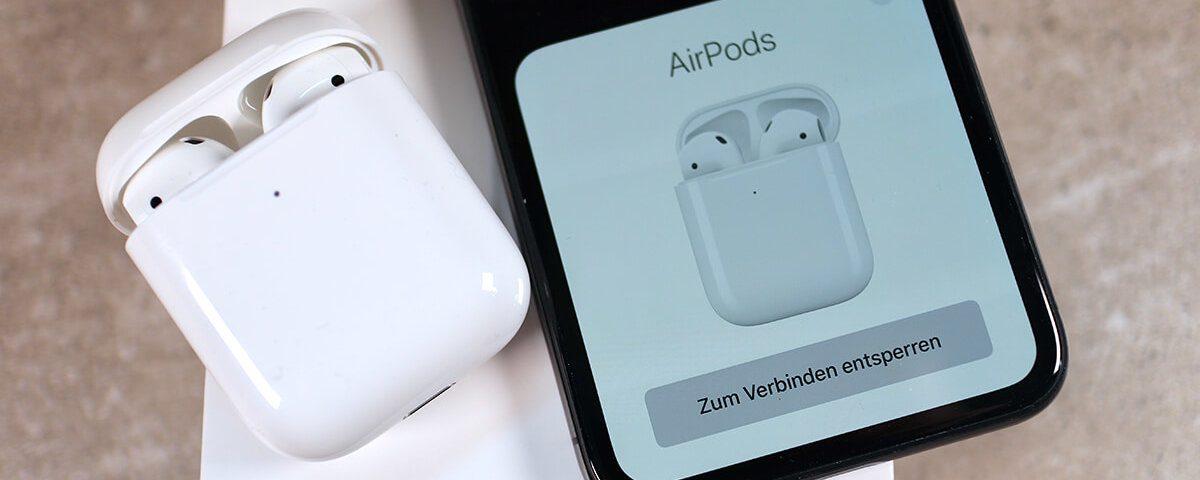 Auch wenn es ganz einfach ist: Hier eine kurze Anelitung, wie man die AirPods 1 und 2 einrichtet (Foto: Sir Apfelot).