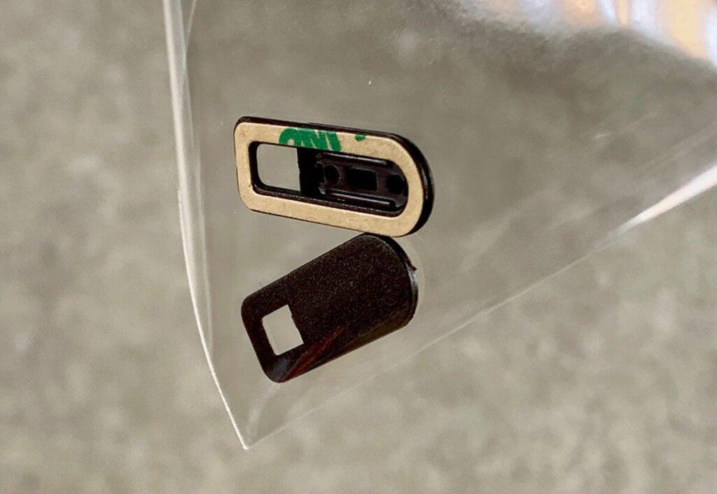 In der Tüte von inLine sind zwei Slider enthalten, die man auf iPad- oder MacBook-Modellen anbringen kann.
