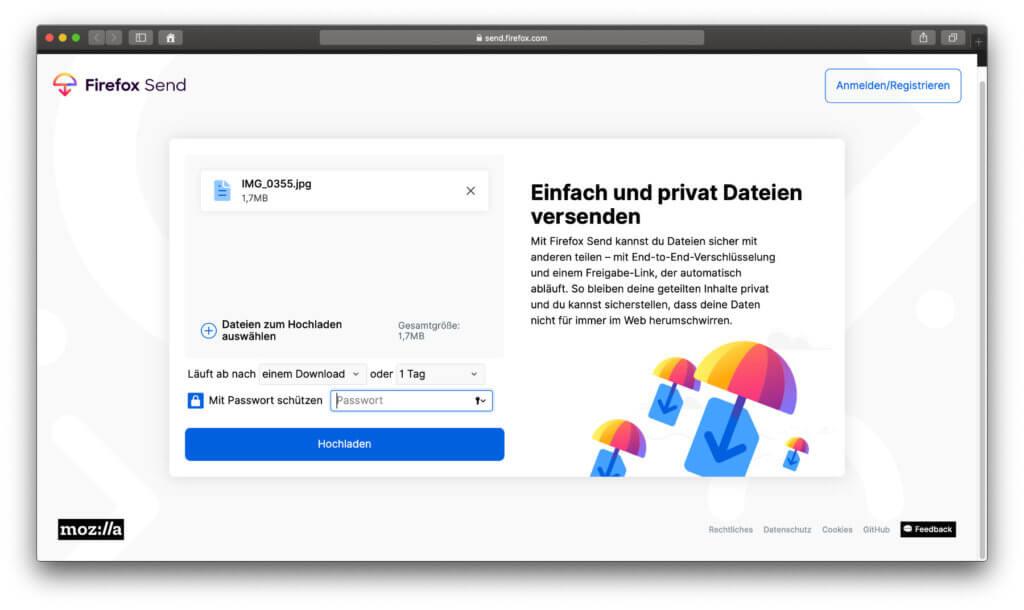 Neben der Ende-zu-Ende-Verschlüsselung von Firefox Send gibt es die Möglichkeit, den Download mit einem Passwort zu schützen sowie zeitlich oder in der Anzahl zu limitieren.