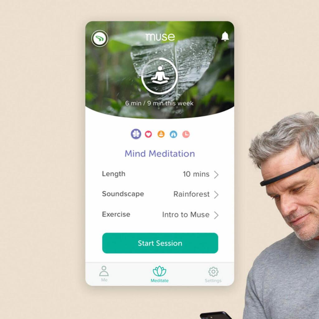 Über die App lassen sich Meditationen starten und man bekommt eine Rückmeldung, wie gut eine Meditations-Session lief.