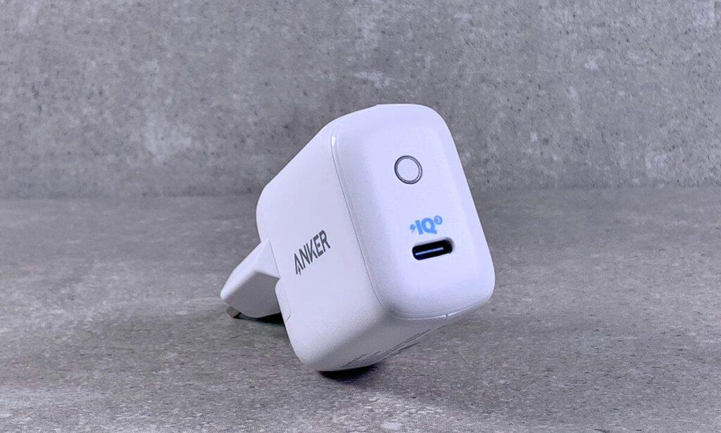 Der PowerPort III mini von Anker ist ein kleines, aber leistungsstarkes USB-C-Ladegerät für iOS-Geräte und MacBooks (Fotos: Sir Apfelot).