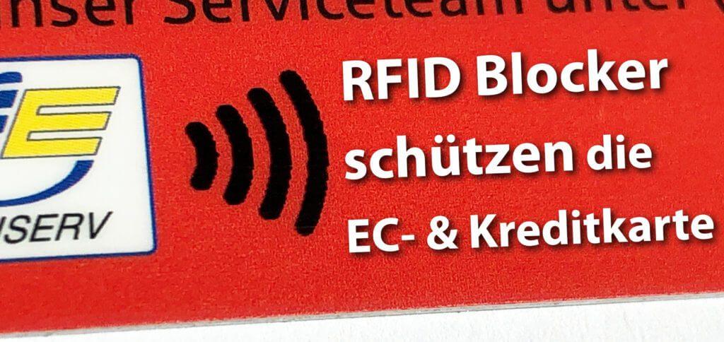 Ein RFID Blocker bzw. eine NFC Schutzhülle ist eine sichere Hülle für EC-Karte, Kreditkarte und Ausweis. Auch für den Reisepass gibt es diesen Schutz.