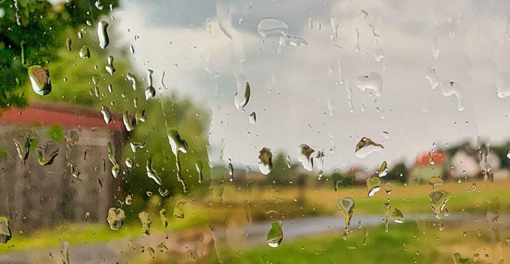 """""""Wennde wissen willst, was für Wetter is, dann guck aus dem Fenster und net in des Schissding!"""", sagte schon eine weise Frau aus dem Hesseland (Foto: Sir Apfelot)."""
