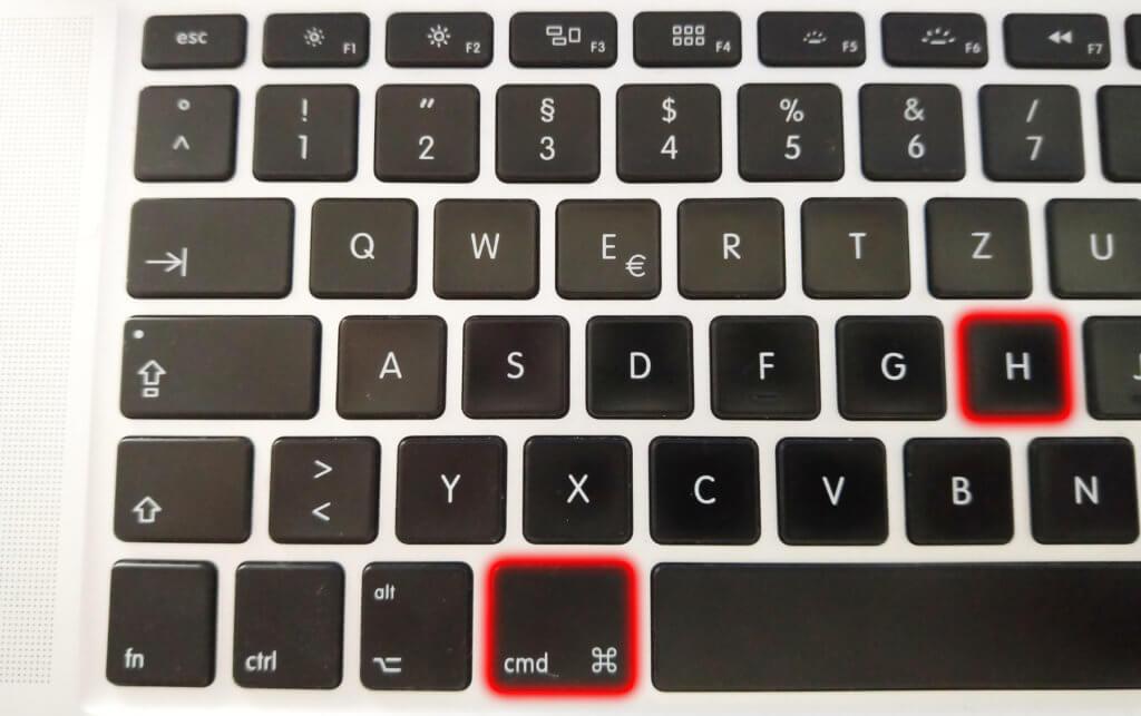 Alle Fenster einer App per Tastatur-Shortcut ausblenden? Das geht, und zwar mit cmd+H. So müsst ihr die einzelnen Fenster nicht in Kleinarbeit minimieren.