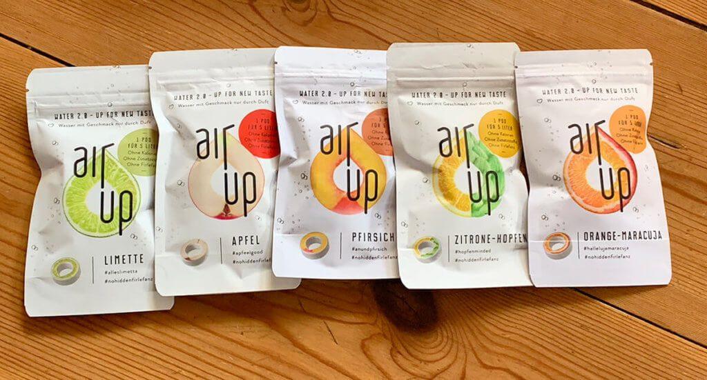Im Starter-Set findet man fünf Duft-Pods, die ganz hilfreich sind, um verschiedene Geschmacksrichtungen auszuprobieren.
