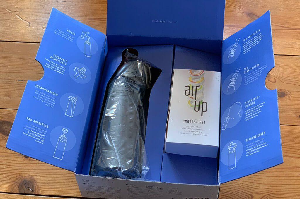 Im Starter-Set findet man die spezielle Trinkflasche an die man die air up Duft-Pods anbringen kann. Von diesen liegen 5 Pods im Set bei.