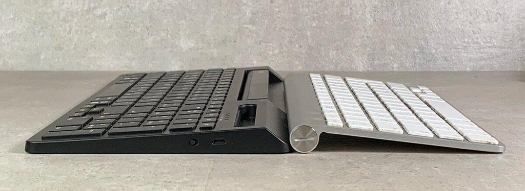 Die Neigung der beiden Tastaturen ist meines Erachtens identisch, so dass man sich in der Hinsicht gleich heimisch fühlt.