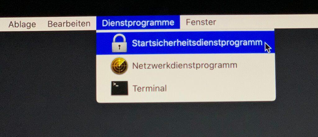 Das Firmware-Passwort lässt sich über das Sicherheitsdienstprogramm am Mac im Safe-Mode aktivieren.