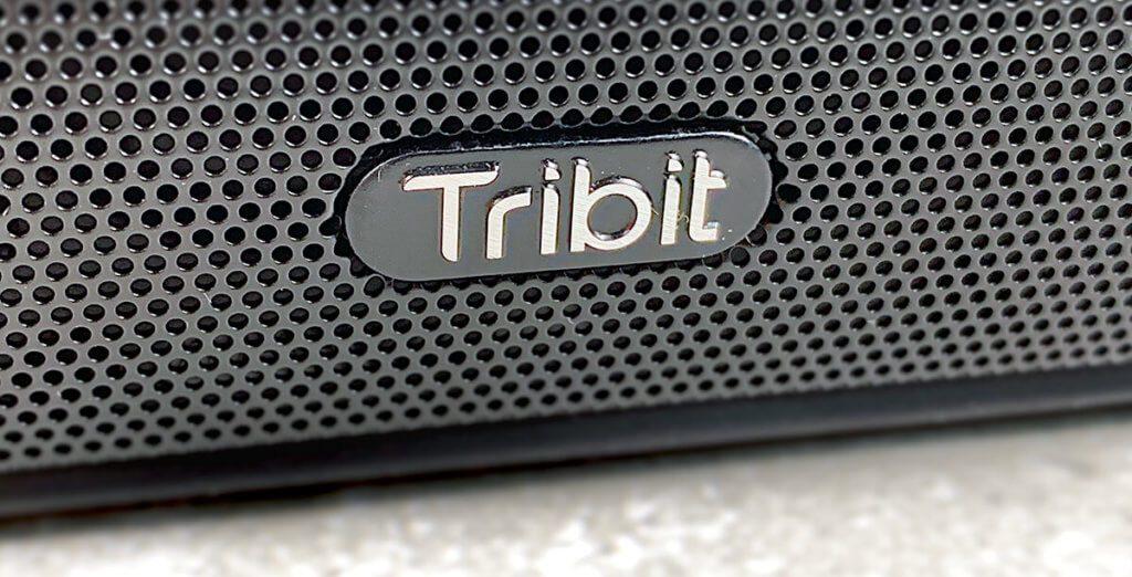 Das Design des Tribit ist schlicht, aber ansprechend.