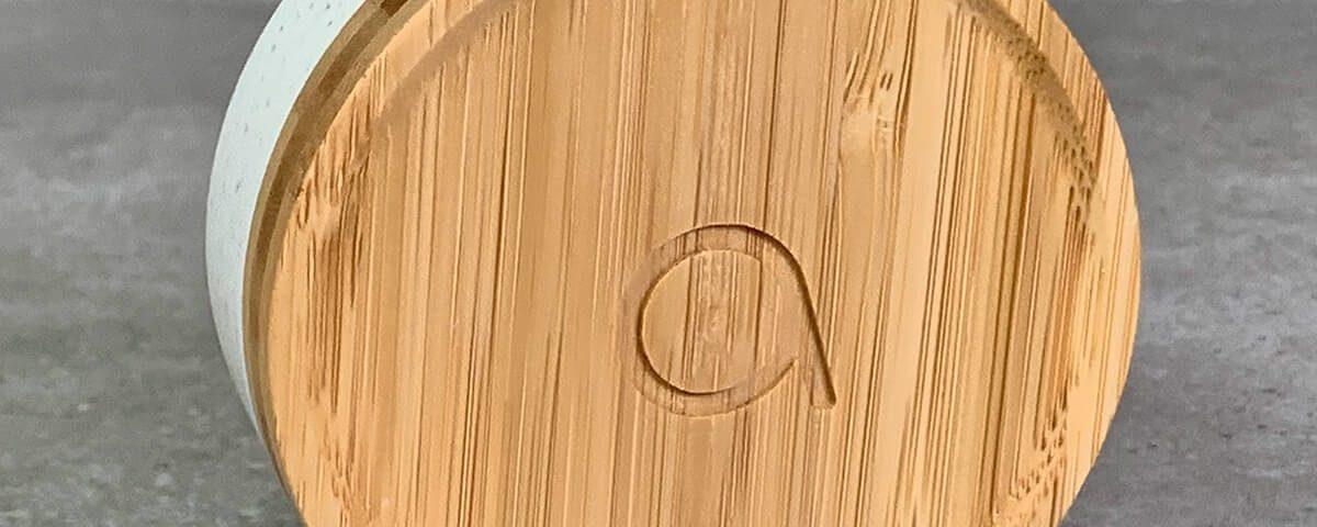 Foto der batterielosen Avidsen Funk-Türklingel aus Bambus