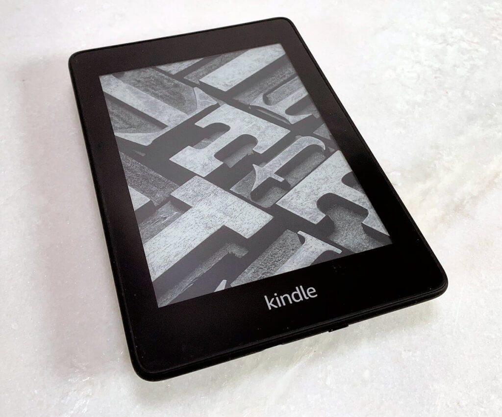 Was tun, wenn der Kindle Paperwhite nicht mehr angehen will? (Fotos: Sir Apfelot)