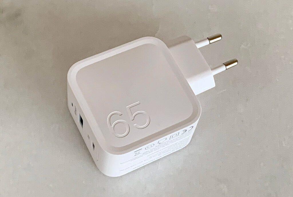 Apple hat die Farbe Weiß im Bereich der Computer etabliert. Ich bin ganz glücklich darüber, dass es sich auch bei den Zubehörherstellern durchsetzt.