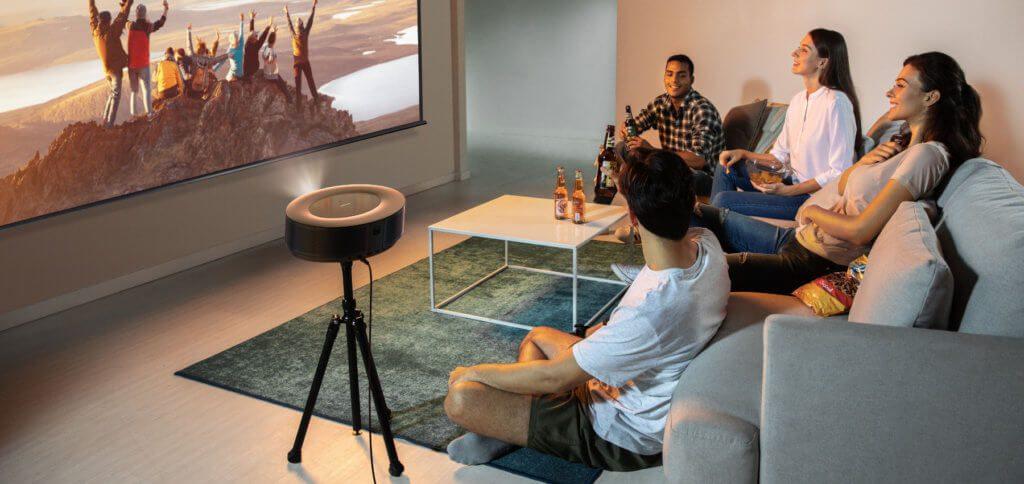 Der neue Nebula Cosmos Beamer kann für Streaming, Gaming, Fotos, Videos, Musik und mehr genutzt werden. Dafür stehen Android TV, USB und HDMI zur Verfügung.