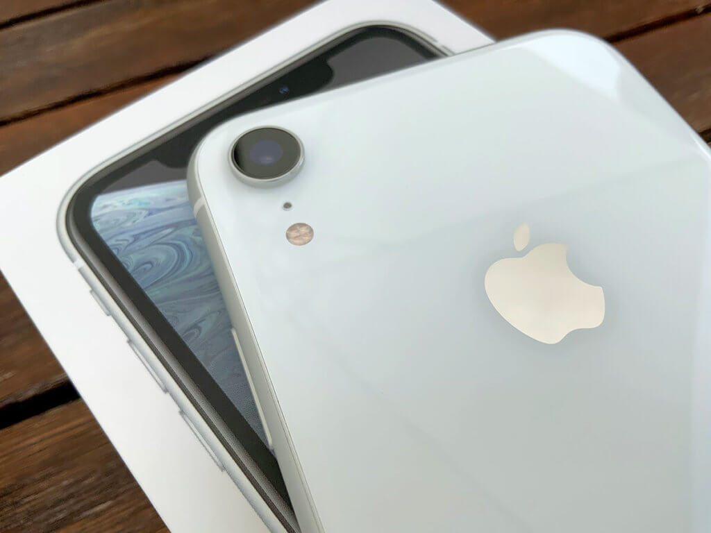 Das iPhone Xr besitzt zwar nur eine Linse, beherrscht den Portraitmodus jedoch dennoch.